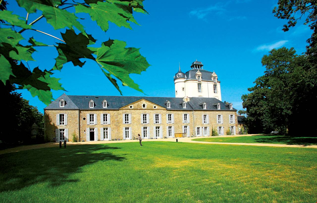 chateau de keraveon bretagne