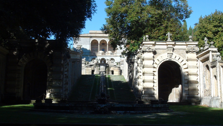 Villa-Farnese43.jpg