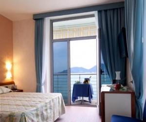 Doppelzimmer Meerblick San Terenzo